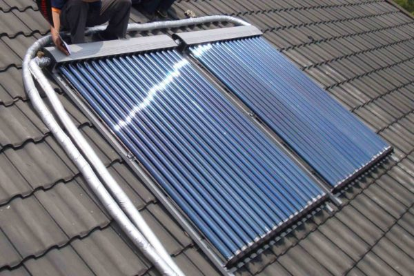 OEM-Greenhouse-on-Rooftop-U-Pipe-Vacuum-Solar-Thermal-Collector