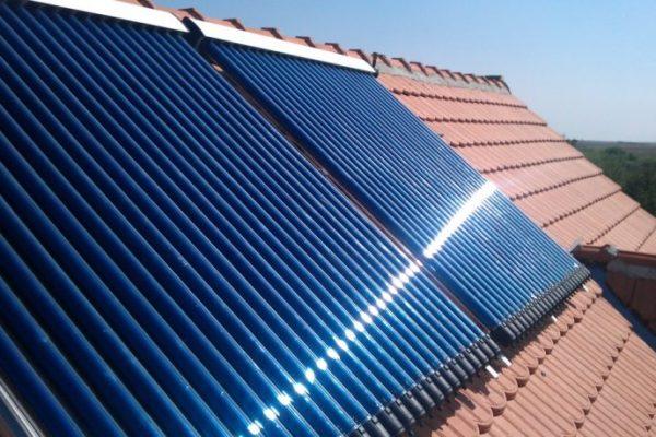 solarni-kolektori-krov-768x459